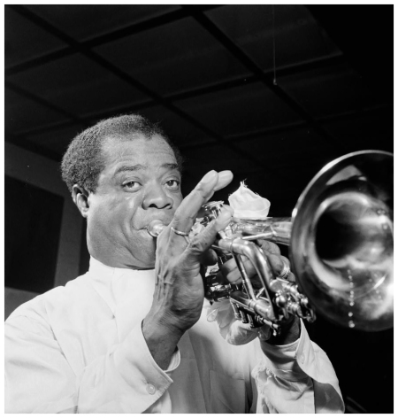 Portrait of Louis Armstrong, Carnegie Hall, New York, N.Y., ca. Apr. 1947]. Gottlieb, William P. 1917- photographer.