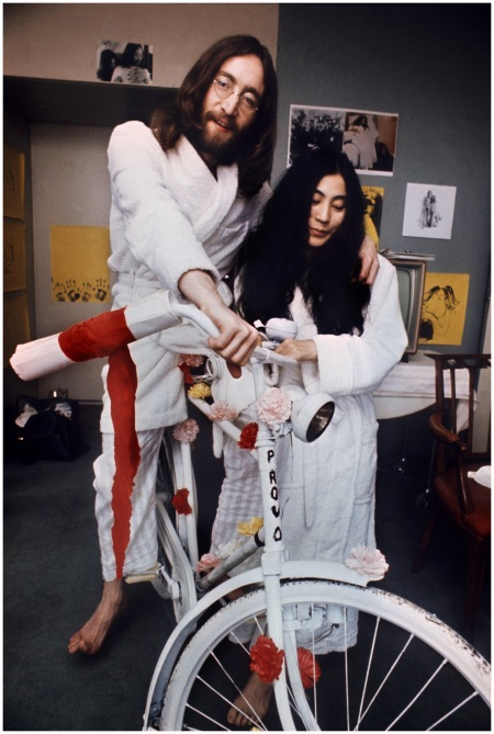 US musician John Lennon (R) and his japa