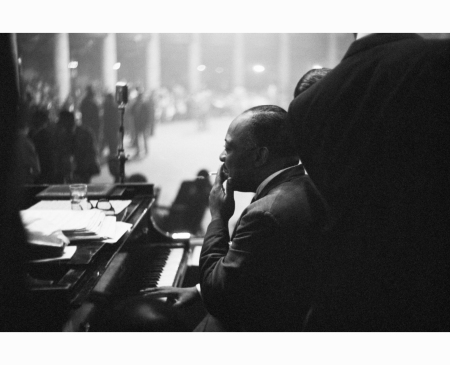 count-basie-smoking-while-playing-the-piano-during-a-show-at-the-trianon-ballroom-chicago