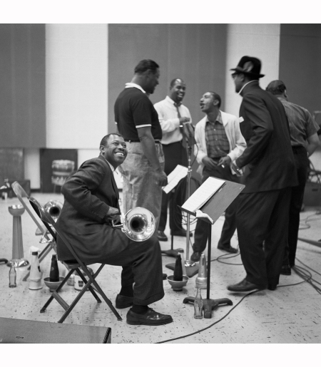members-of-the-count-basie-orchestra-during-a-recording-session-at-universal-recording-studios-chicago